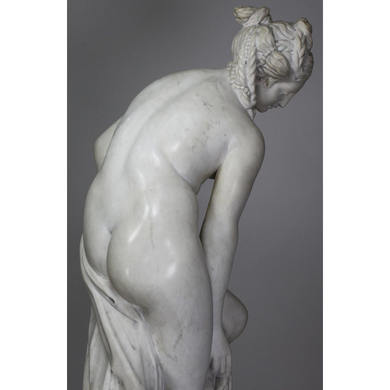 Italian 19th Century Carved White Marble Figure of the Bather or Bathing Venus For Sale 14