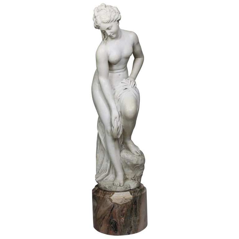Italian 19th Century Carved White Marble Figure of the Bather or Bathing Venus For Sale