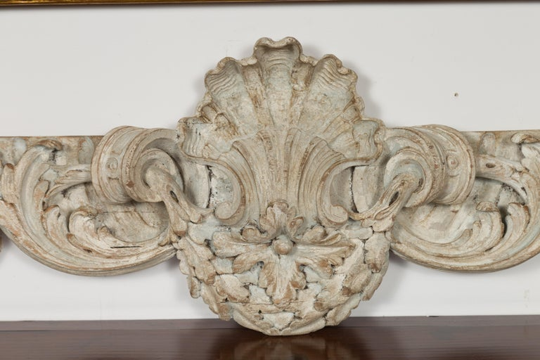Italian 19th Century Carved Wooden Swag Fragment with Shell and Foliage Motifs For Sale 2