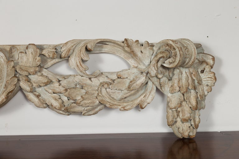Italian 19th Century Carved Wooden Swag Fragment with Shell and Foliage Motifs For Sale 4