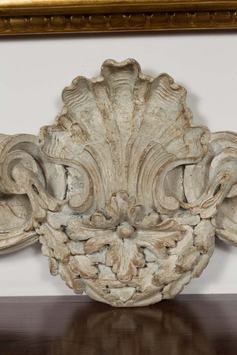 Italian 19th Century Carved Wooden Swag Fragment with Shell and Foliage Motifs For Sale 6