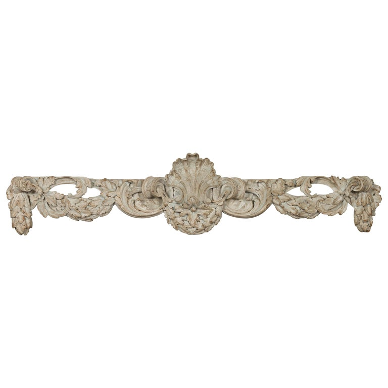 Italian 19th Century Carved Wooden Swag Fragment with Shell and Foliage Motifs For Sale