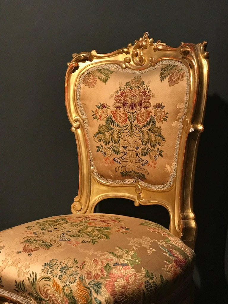19th Century Drawing Room: Italian 19th Century Gilt Living Room Suite With A Sofà