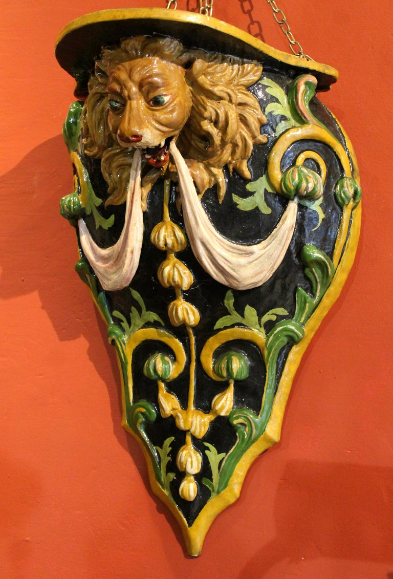 Italian 19th Century Hand Carved and Lacquer Wood Wall Brackets with Lion Heads For Sale 9