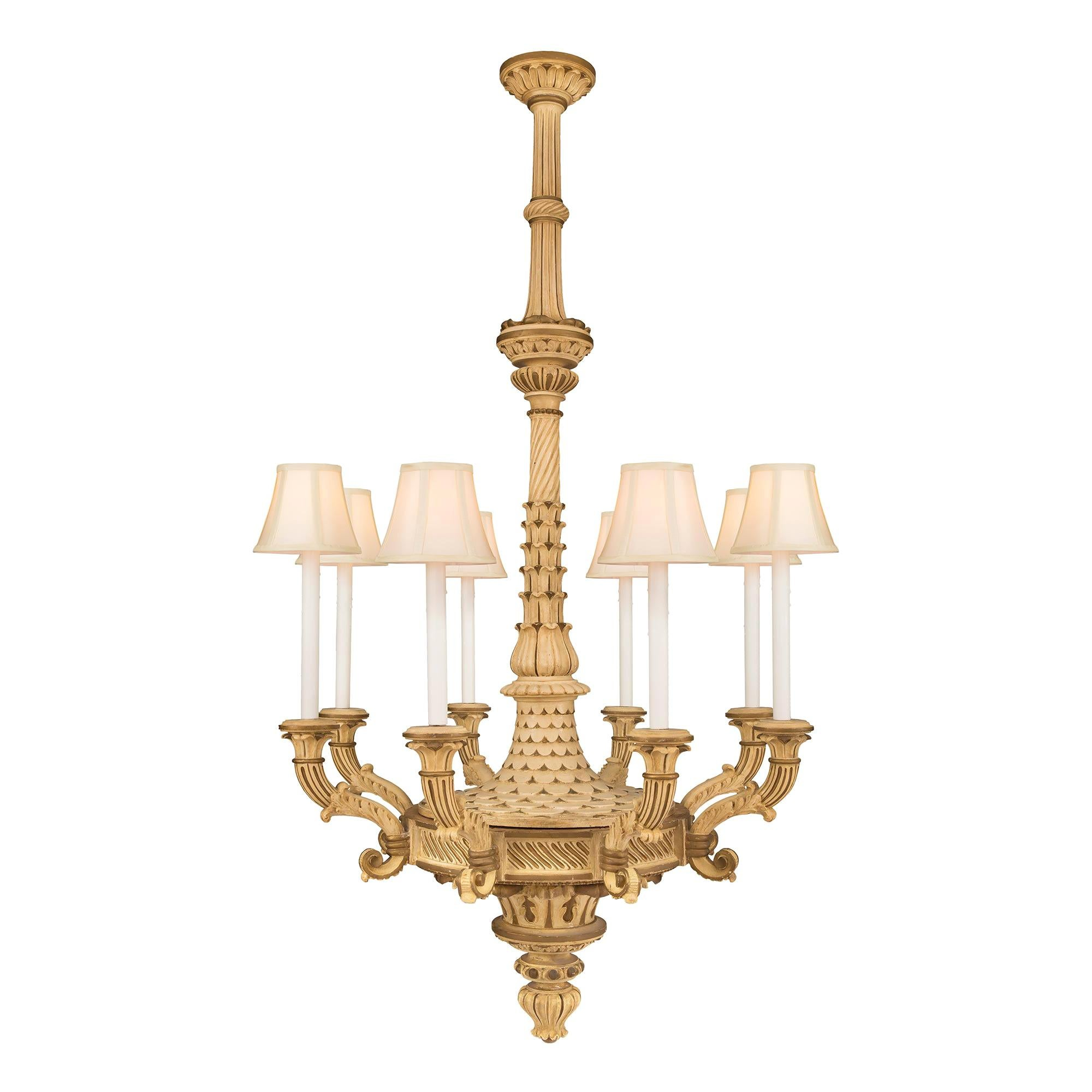 Italian 19th Century Neoclassical Patinated Eight-Arm Chandelier