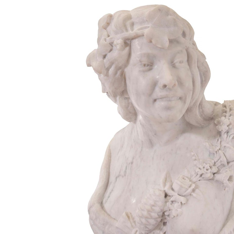Italian 19th Century White Carrara Marble Freestanding Statue of a Garden Maiden For Sale 2