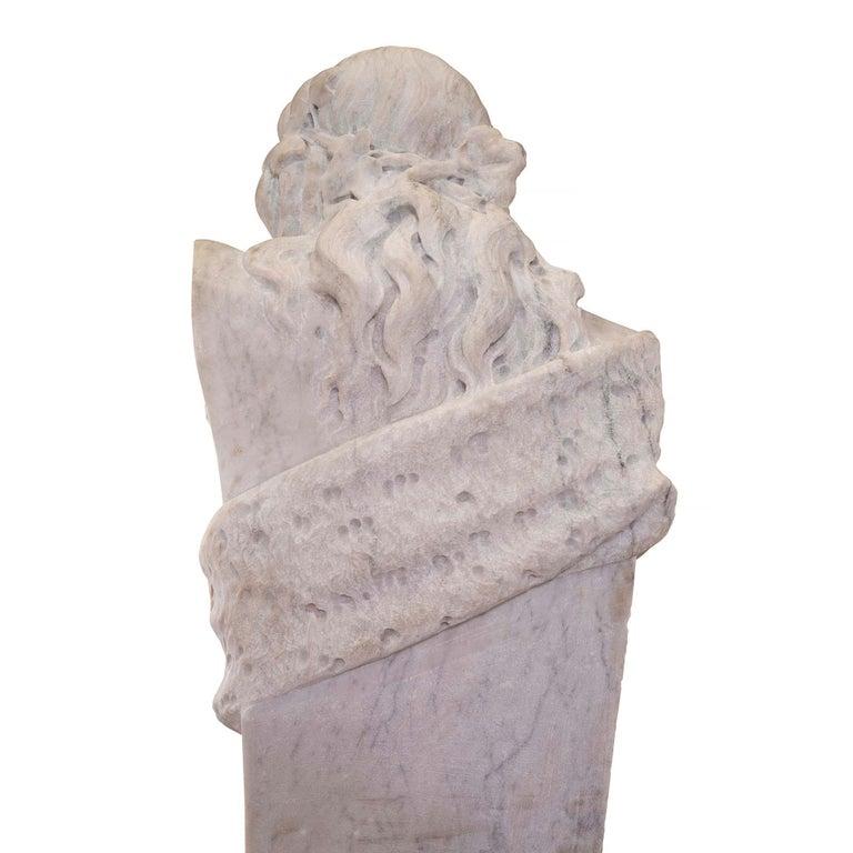 Italian 19th Century White Carrara Marble Freestanding Statue of a Garden Maiden For Sale 3