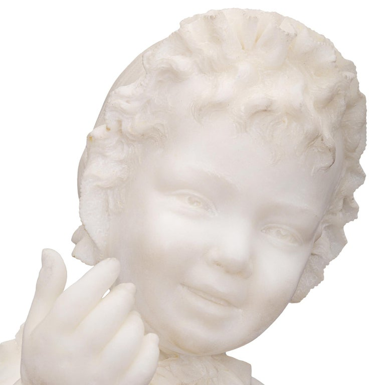 Italian 19th Century White Carrara Marble Statue of a Young Girl For Sale 2