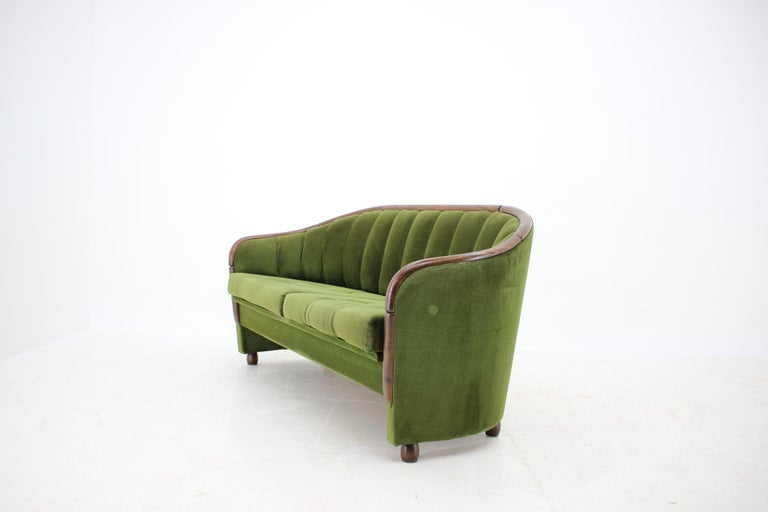 Mid-20th Century Italian 2-Seat Sofa in the Style of Gio Ponti, 1950s For Sale