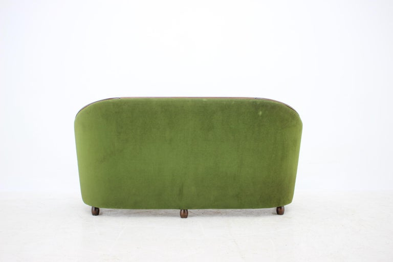 Wood Italian 2-Seat Sofa in the Style of Gio Ponti, 1950s For Sale