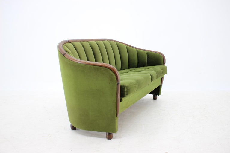 Italian 2-Seat Sofa in the Style of Gio Ponti, 1950s For Sale 1