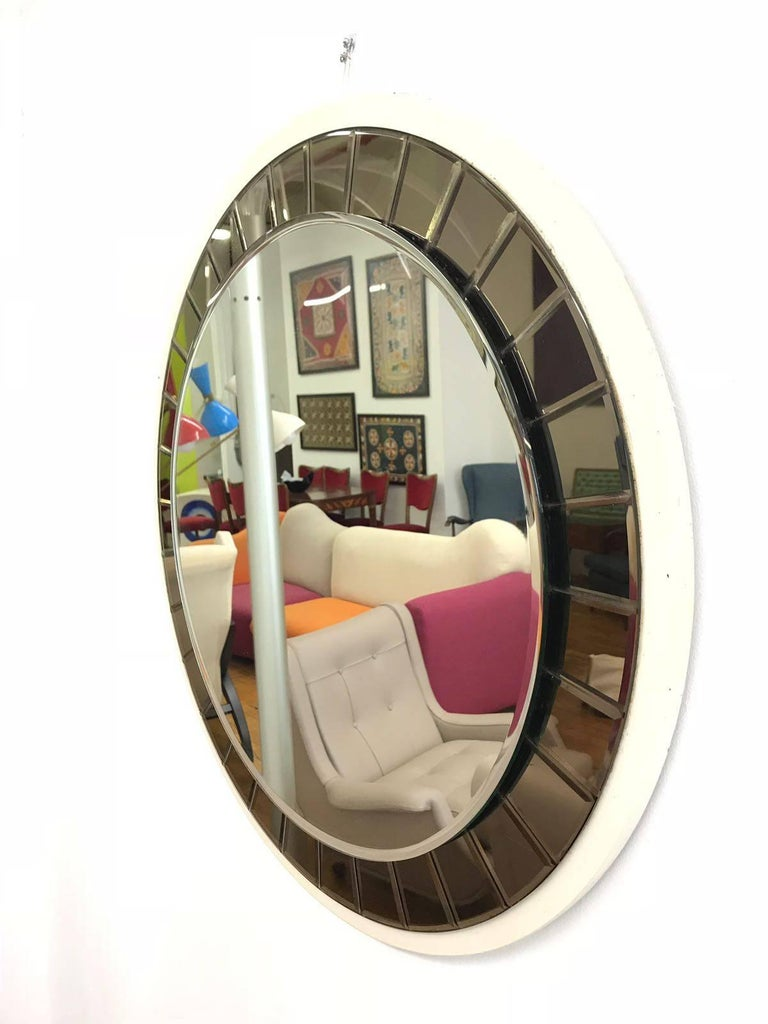 Art Glass Italian 20th Century round Mirror by Cristal Art, circa 1960s For Sale