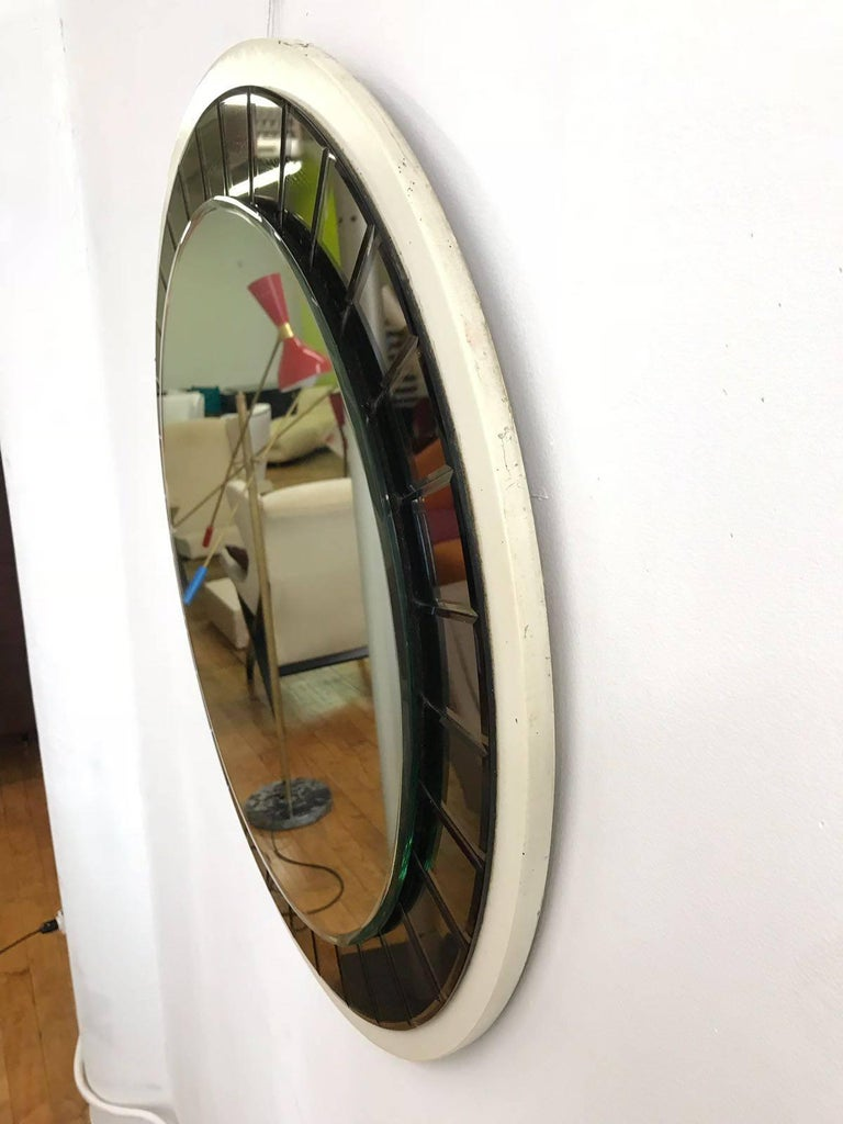 Italian 20th Century round Mirror by Cristal Art, circa 1960s For Sale 2