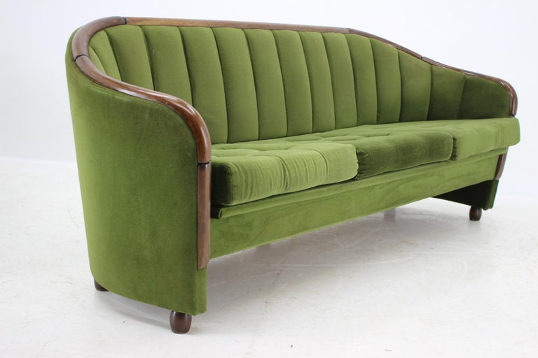 Italian 3-Seat Sofa in the Style of Gio Ponti, 1950s For Sale 1