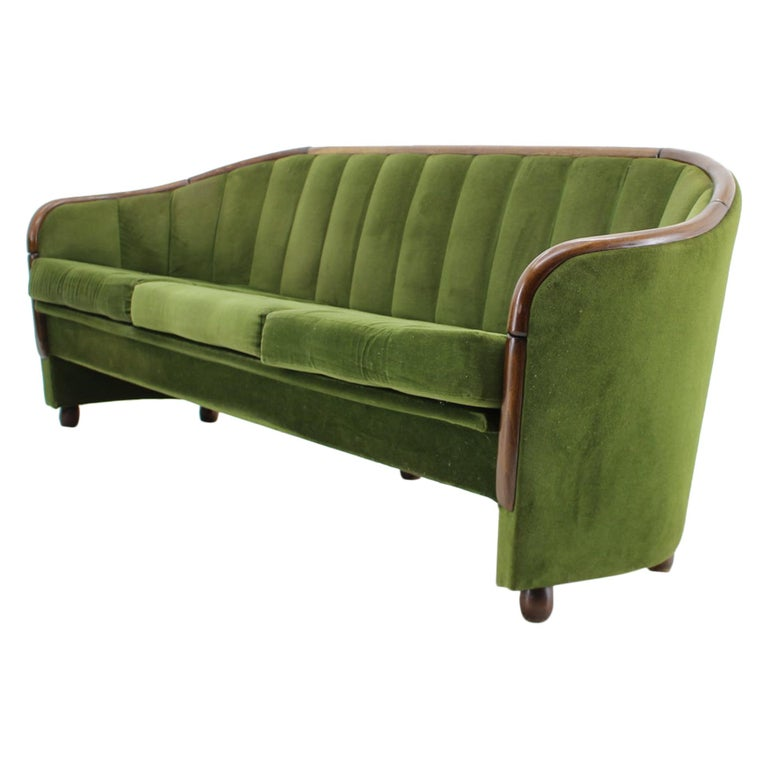 Italian 3-Seat Sofa in the Style of Gio Ponti, 1950s For Sale