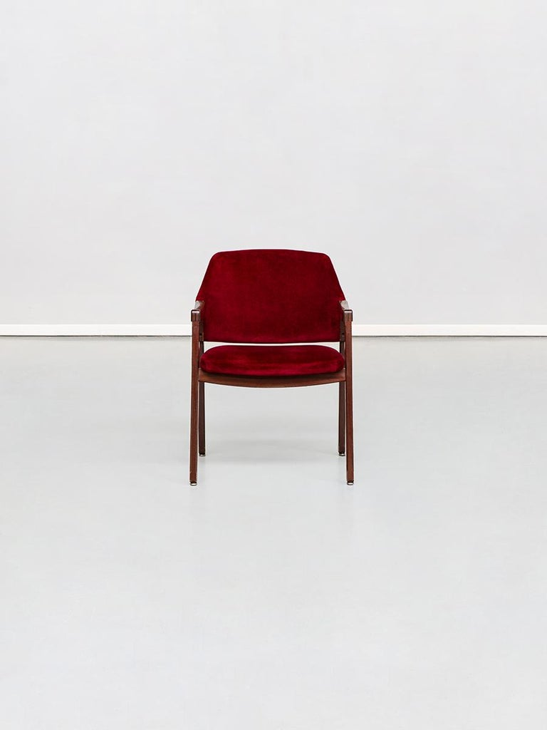 Italian Model 814 beech and velvet armchair by Ico and Luisa Pairisi for Cassina, Italy 1961