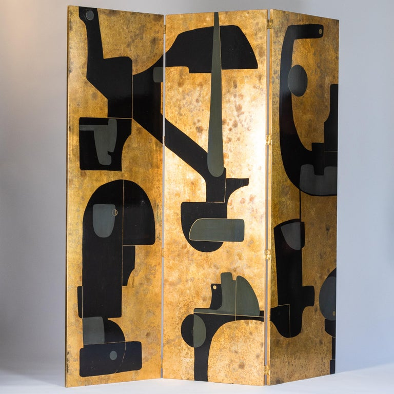 Expressive, Italian screen in the colors gold - gray and black by Stefano Pertini from the 1980s. Backside gold plain with slightly pigmented structure, signed by hand S. Pertini 3 wooden panels covered with wallpaper and painted with acrylic