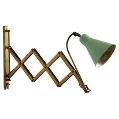 Italian, Adjustable Wall Light, Brass, Green Lacquered metal, Italy, 1940s