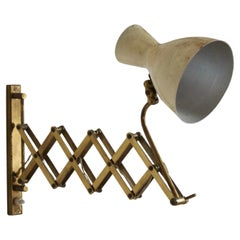 Italian, Adjustable Wall Light, Brass, Lacquered Metal, Italy, 1940s