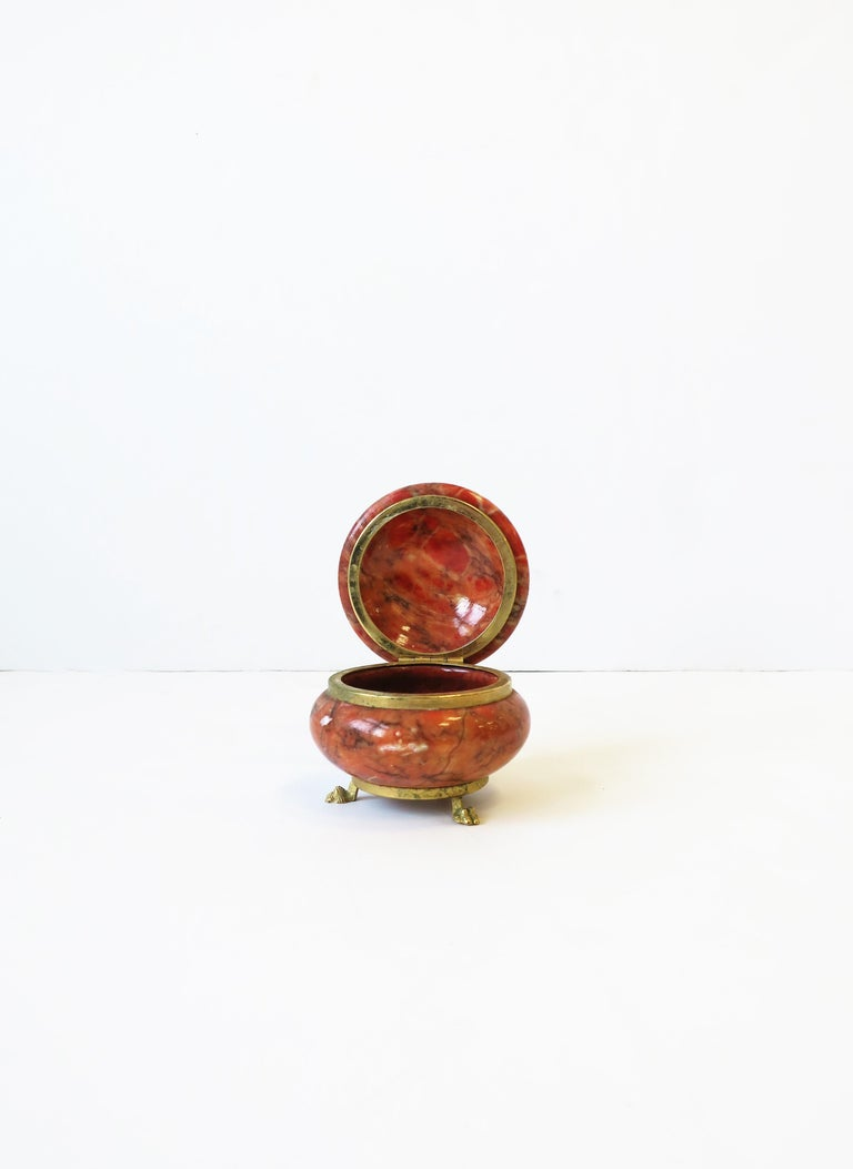 20th Century Italian Alabaster Marble and Brass Round Jewelry Box in the Neoclassical Style For Sale