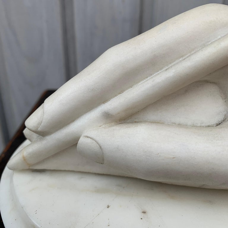 Hand-Crafted Italian Antonio Canova White Marble Hand Sculpture, Early 19th Century For Sale