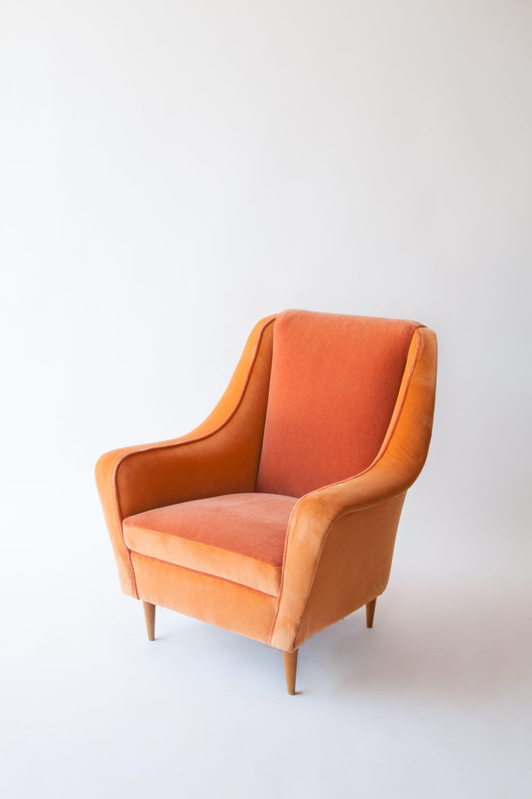 Iconic Italian armchairs attributed to Carlo di Carli. Reupholstered two-tone mohair and velvet. 1950s Italy.