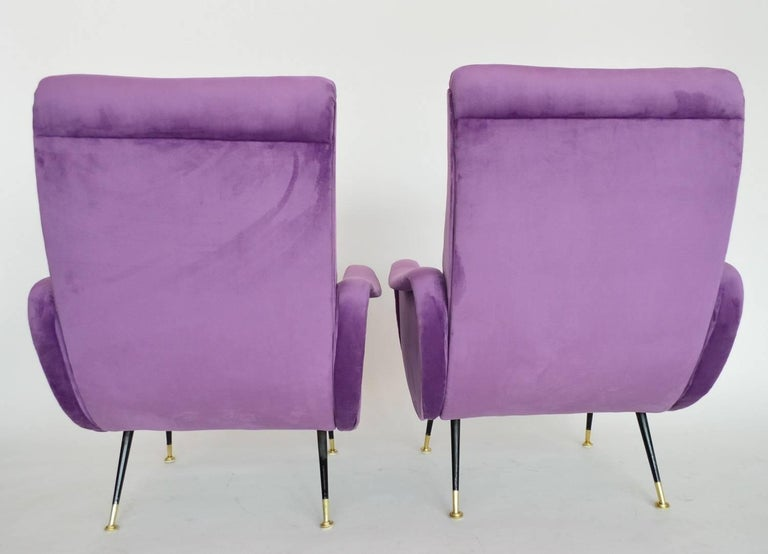 Italian Armchairs Restored with Light Purple Velvet, 1950s In Excellent Condition In Clivio, Varese