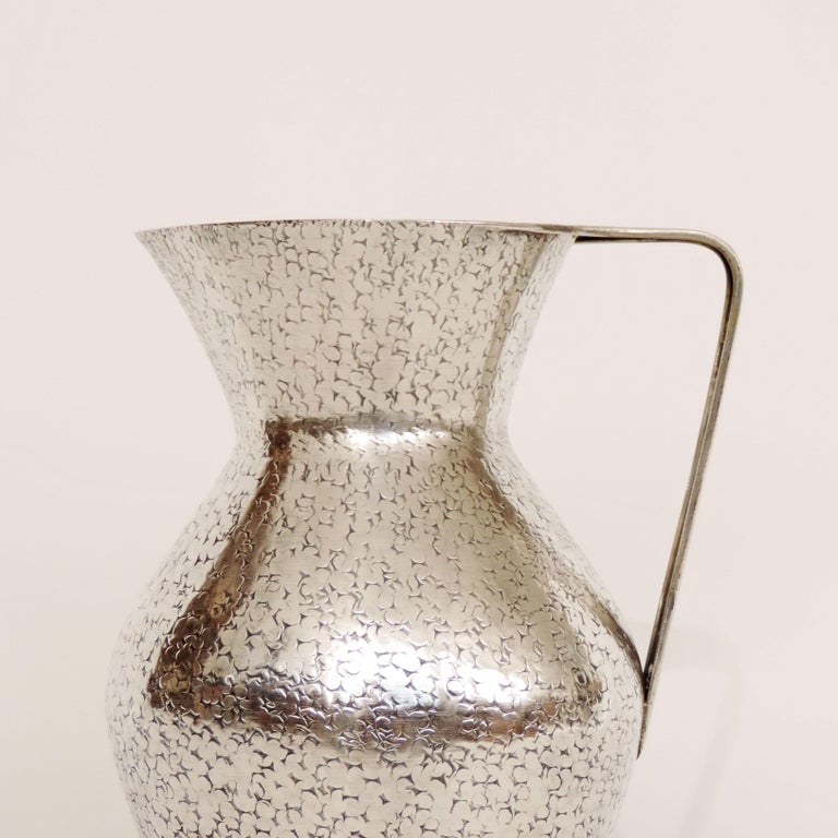 Mid-20th Century Italian Art Deco 1940s Hammered Silver Jug and Plate Attributed to Gio Ponti