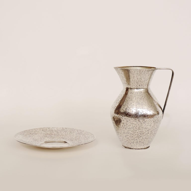 Italian Art Deco 1940s Hammered Silver Jug and Plate Attributed to Gio Ponti 2