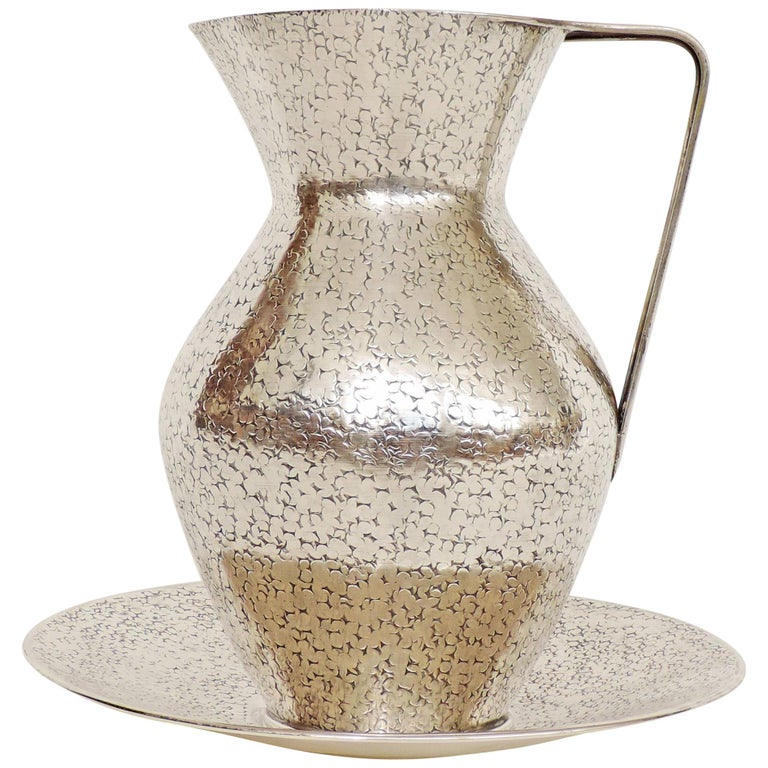 Italian Art Deco 1940s Hammered Silver Jug and Plate Attributed to Gio Ponti