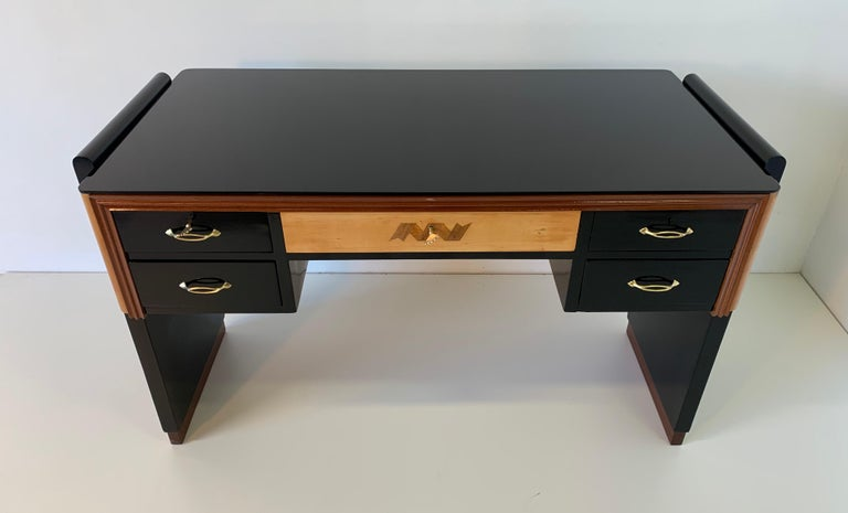 Italian Art Deco Black and Maple Desk by 'Permanente mobili Cantù', 1940s In Good Condition For Sale In Meda, MB