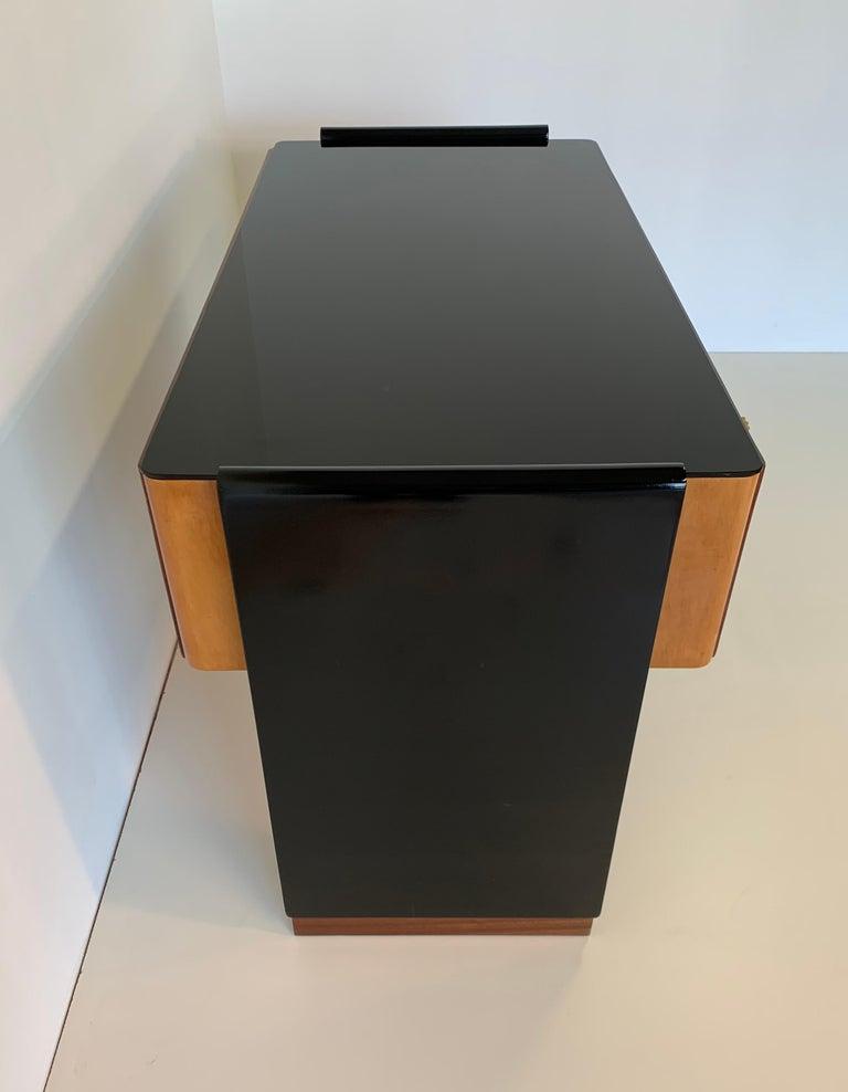 Brass Italian Art Deco Black and Maple Desk by 'Permanente mobili Cantù', 1940s For Sale