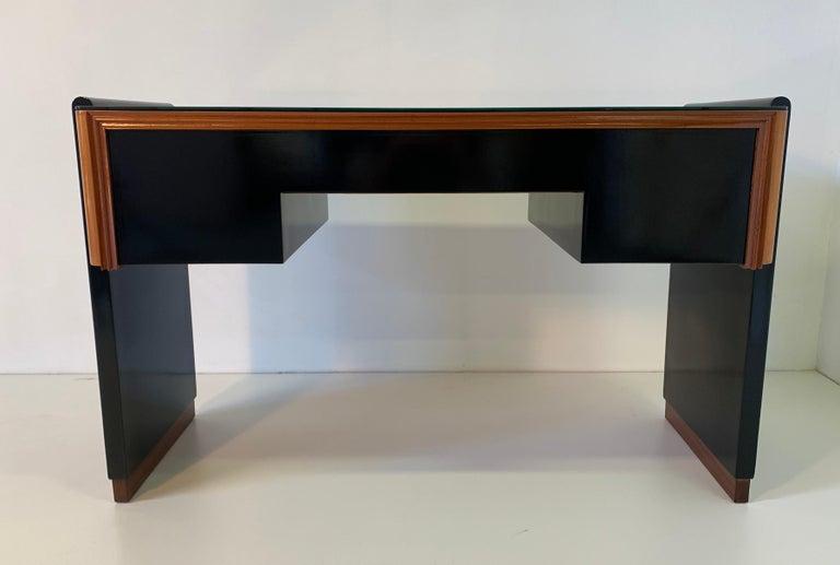 Italian Art Deco Black and Maple Desk by 'Permanente mobili Cantù', 1940s For Sale 1