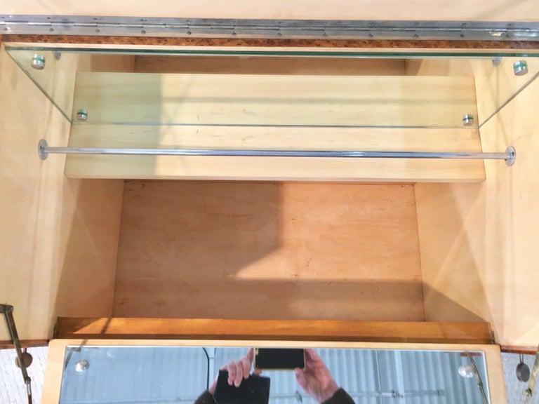 Italian Art Deco Burl Walnut Bar Cabinet Sideboard For Sale 7