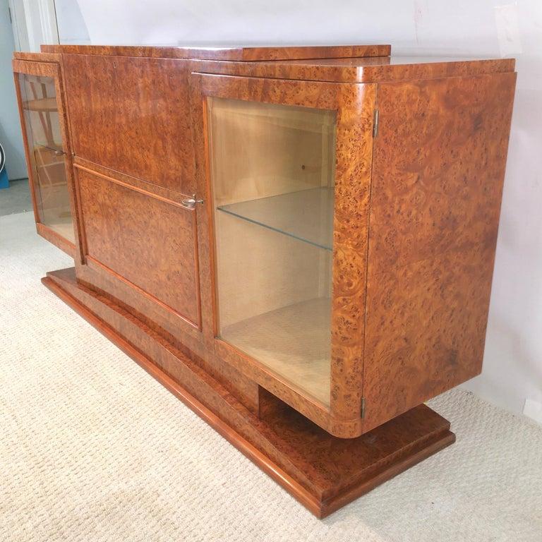 Italian Art Deco Burl Walnut Bar Cabinet Sideboard For Sale 10