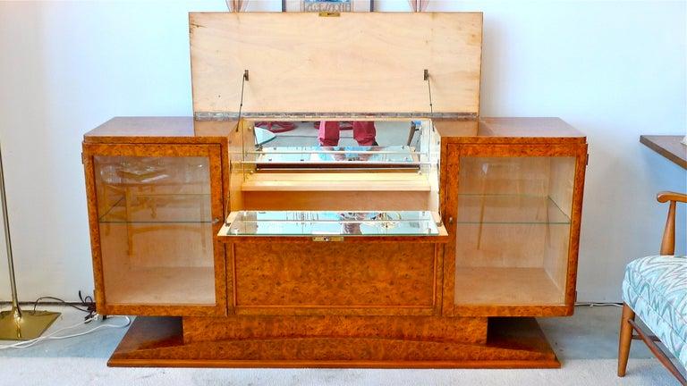 Italian Art Deco Burl Walnut Bar Cabinet Sideboard For Sale 12