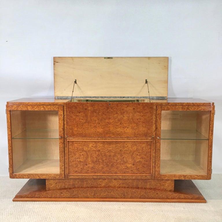 Italian Art Deco Burl Walnut Bar Cabinet Sideboard For Sale 4