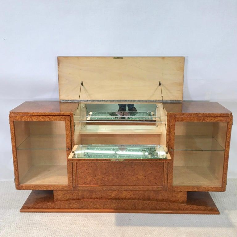 Italian Art Deco Burl Walnut Bar Cabinet Sideboard For Sale 5