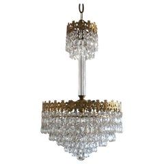 Italian Art Deco Crystal Waterfall Chandelier Gilt Brass Mounted, 1930-1939