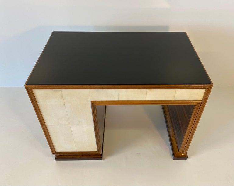 Italian Art Deco Macassar, Parchment and Black Opaline Desk, 1940s For Sale 5