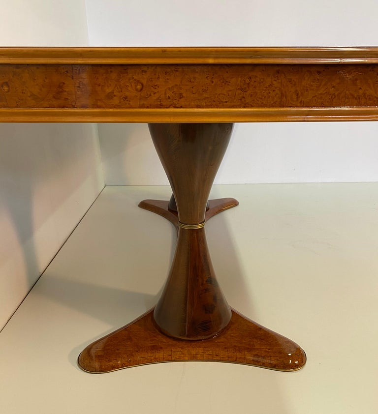 Italian Art Deco Maple Briar and Walnut Dining Table, 1940s For Sale 2
