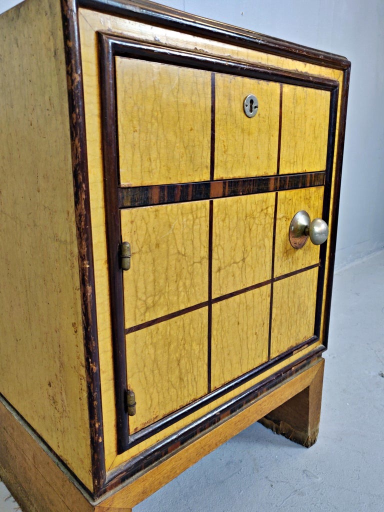Italian Art Deco Nightstands In Fair Condition For Sale In Brussels, BE