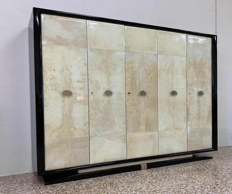 Mid-20th Century Italian Art Deco Parchment, Black Lacquer and Brass Wardrobe, 1940s For Sale