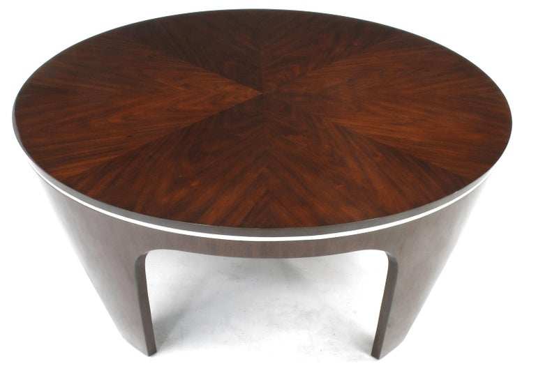 Italian Art Deco Revival Round Mahogany Coffee Table with Parquetry Top In Good Condition For Sale In Chicago, IL