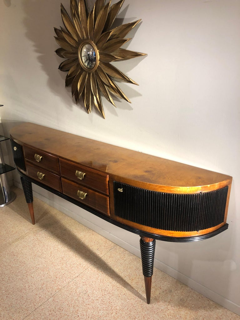 Italian Art Deco Rosewood Console Table Credenza with Black and Brass Details For Sale 3