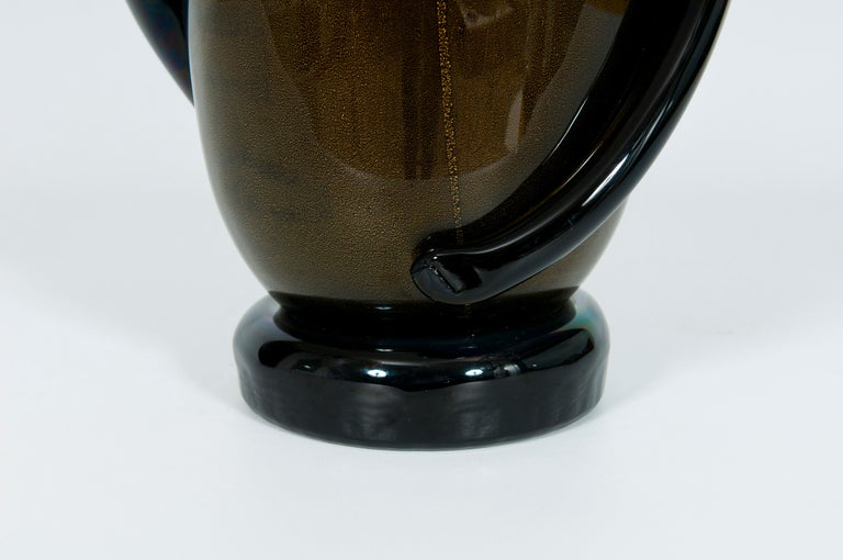 Italian Art Deco Vase Black and Gold 24 Karat in Blown Murano Glass, 1980s In Excellent Condition For Sale In Villaverla, IT