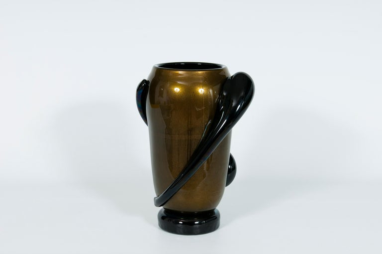 Italian Art Deco Vase Black and Gold 24 Karat in Blown Murano Glass, 1980s For Sale 2
