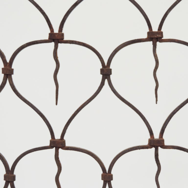 Italian Art Deco Wrought Iron Fire Screen, 1920s In Good Condition For Sale In Milan, IT