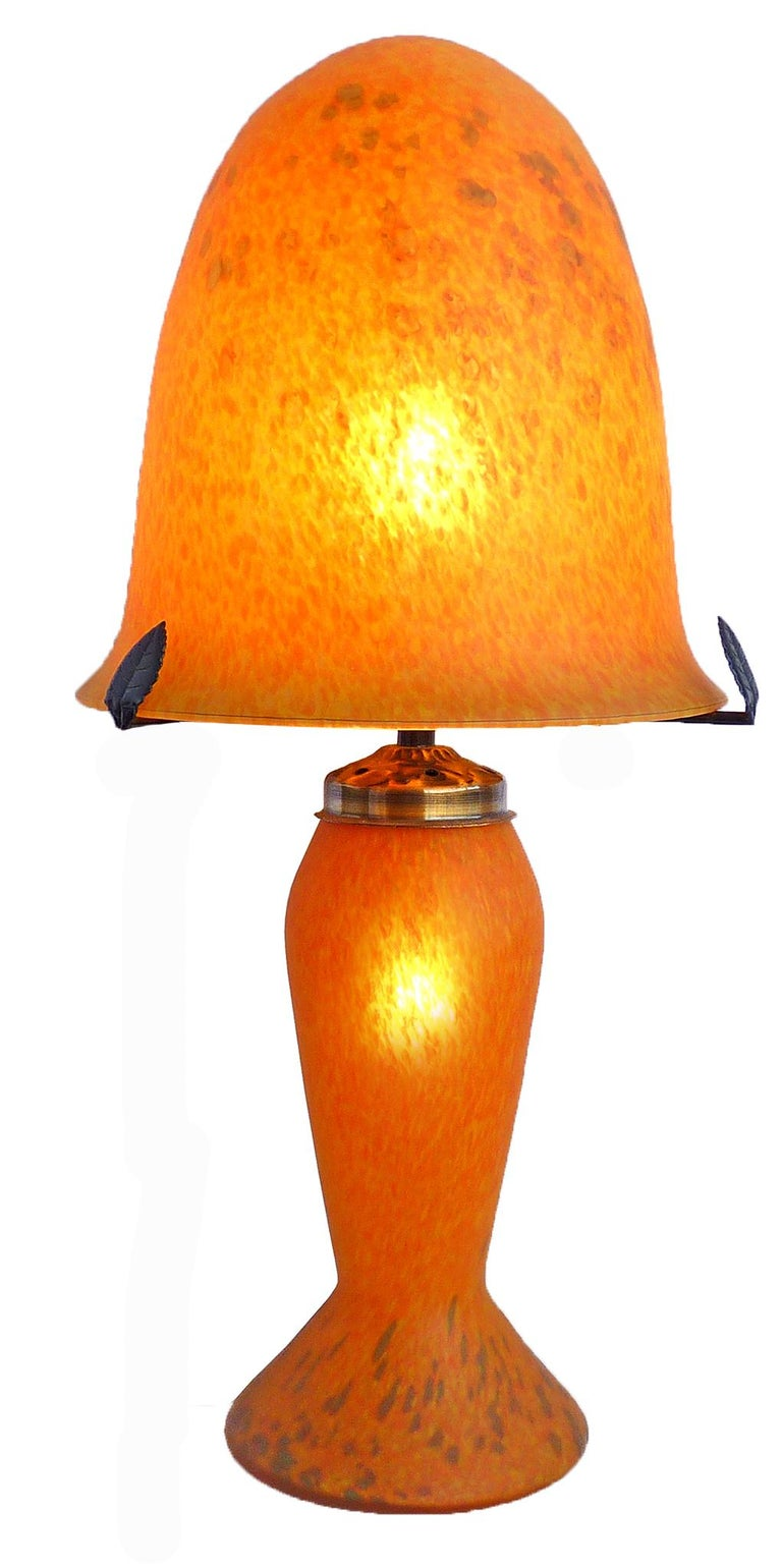 Metal Italian Art Nouveau and Art Deco Mushroom Murano Table Lamp in Amber Glass Paste For Sale
