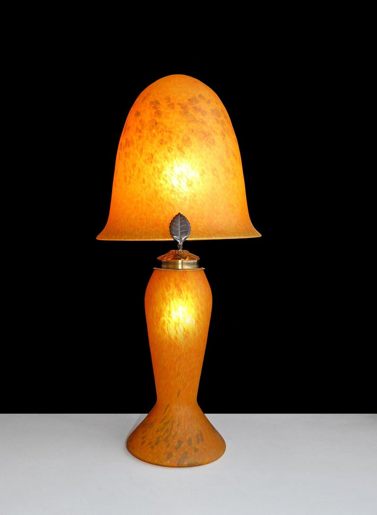 Italian Art Nouveau and Art Deco Mushroom Murano Table Lamp in Amber Glass Paste For Sale 2